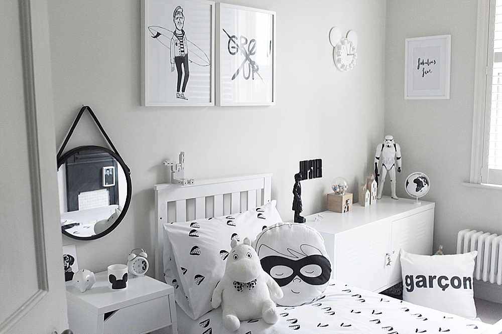 black and white bedroom inspiration
